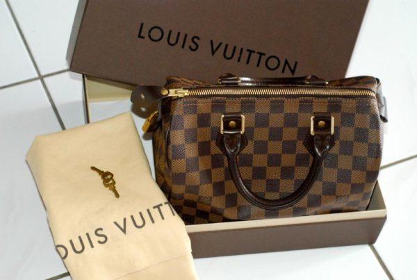 1ae7831eee Model Speedy od Louis Vuitton. Najpopulárnejšou taškou na svete je Speedy  od Louis Vuitton